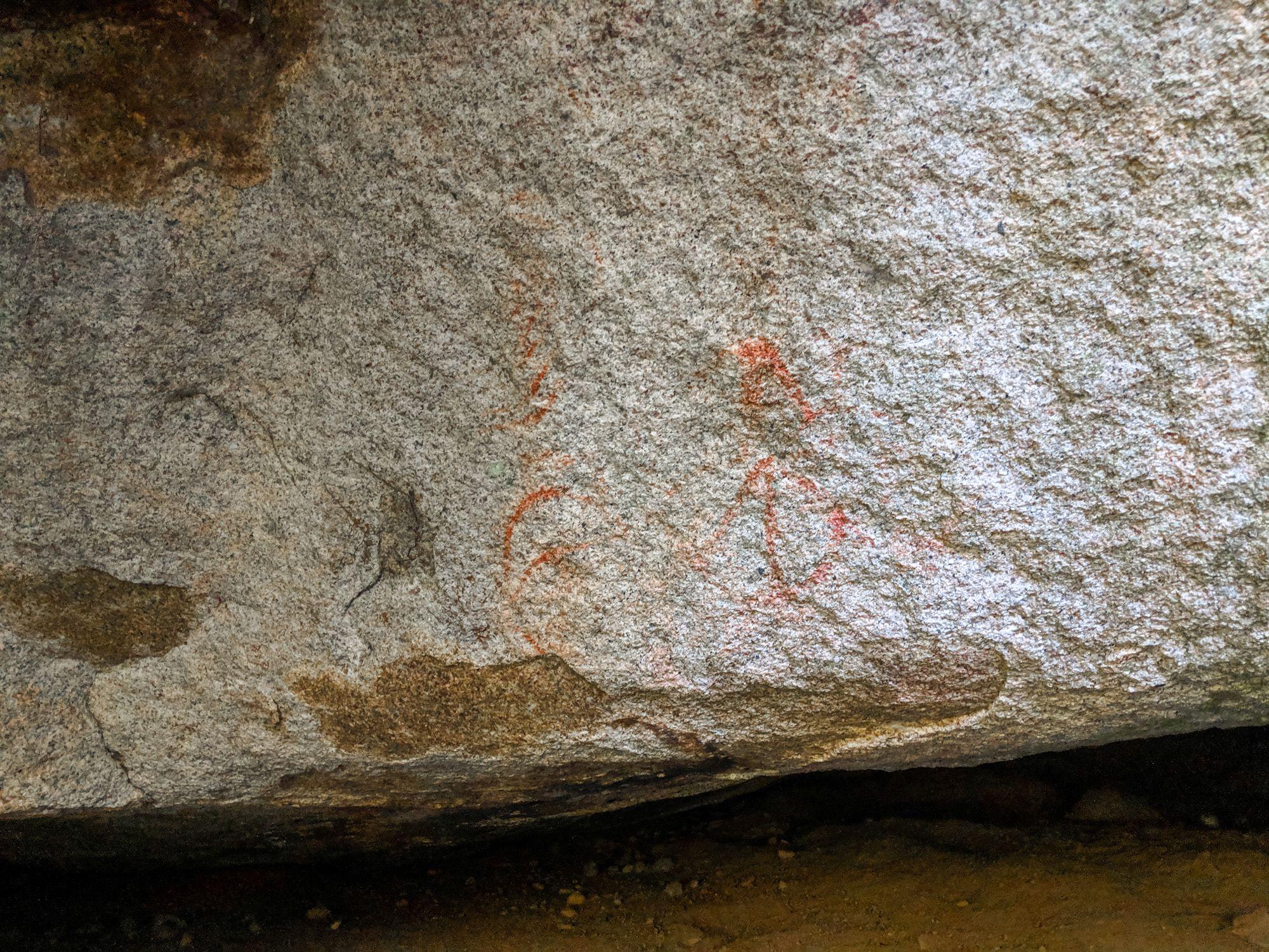 aboriginal rock art ochre paintings bullocky toms track crystal creek paluma