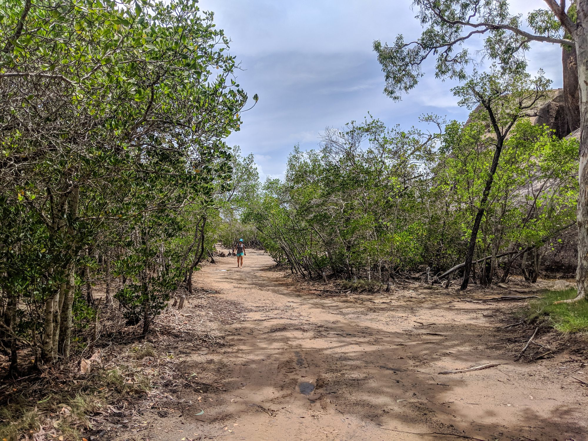 Chunda Bay mud track