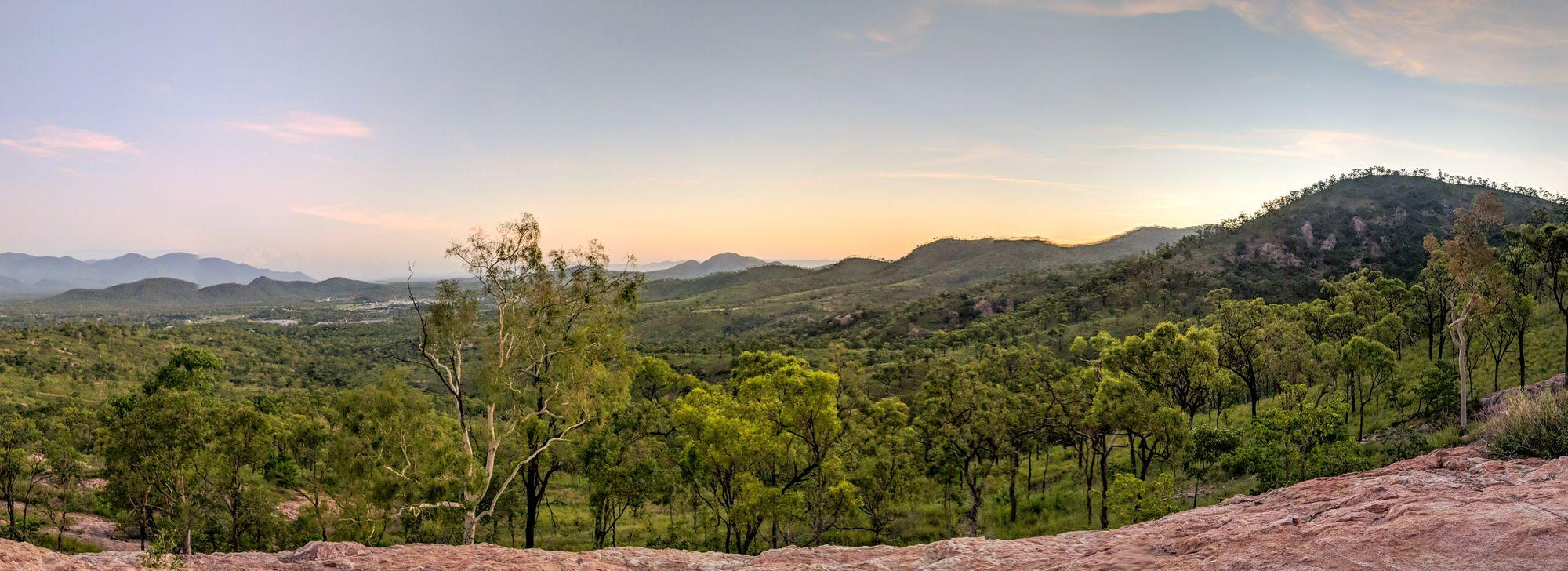 Wulguru Hills sunset views