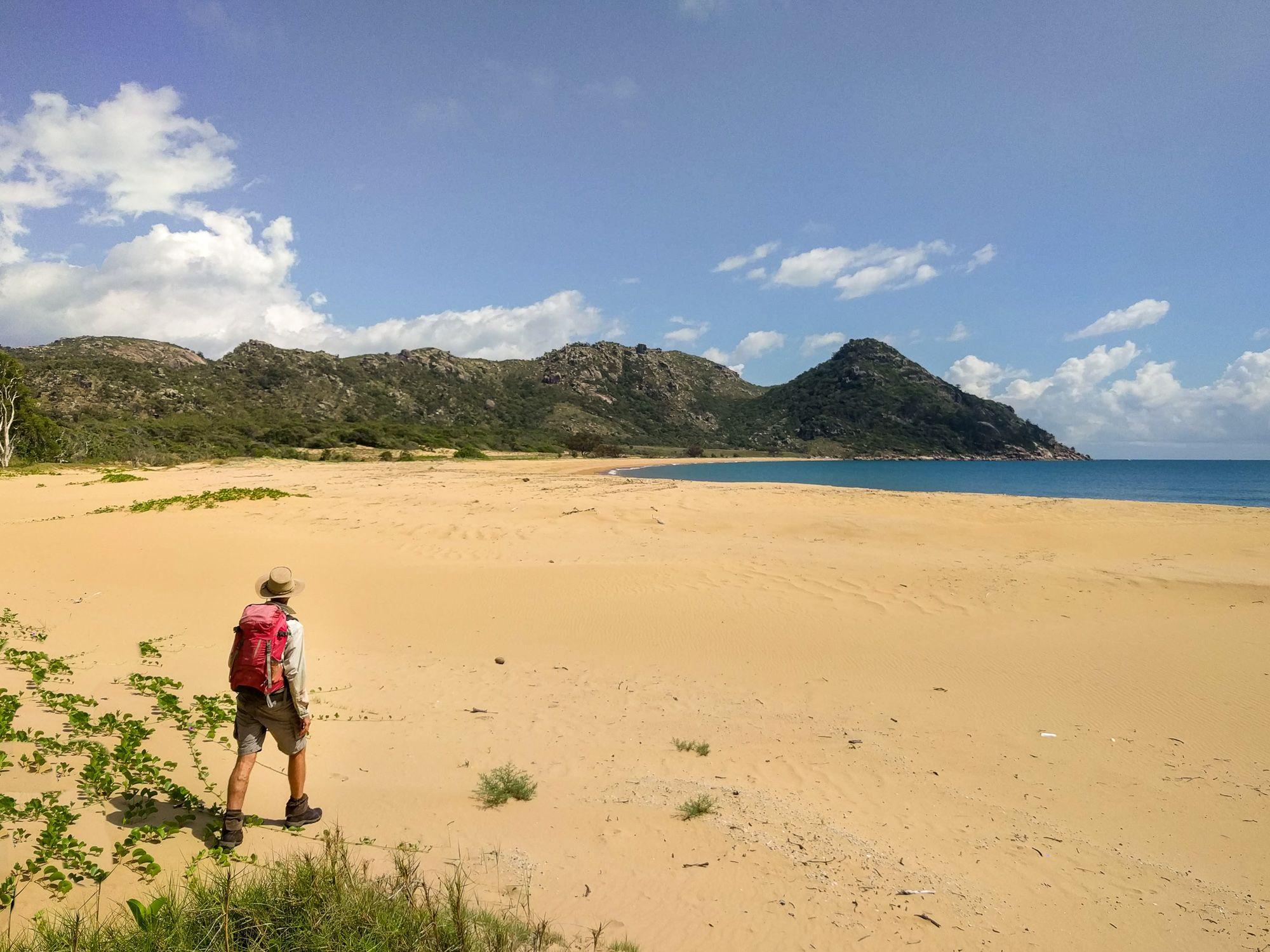 paradise beach cape cleveland