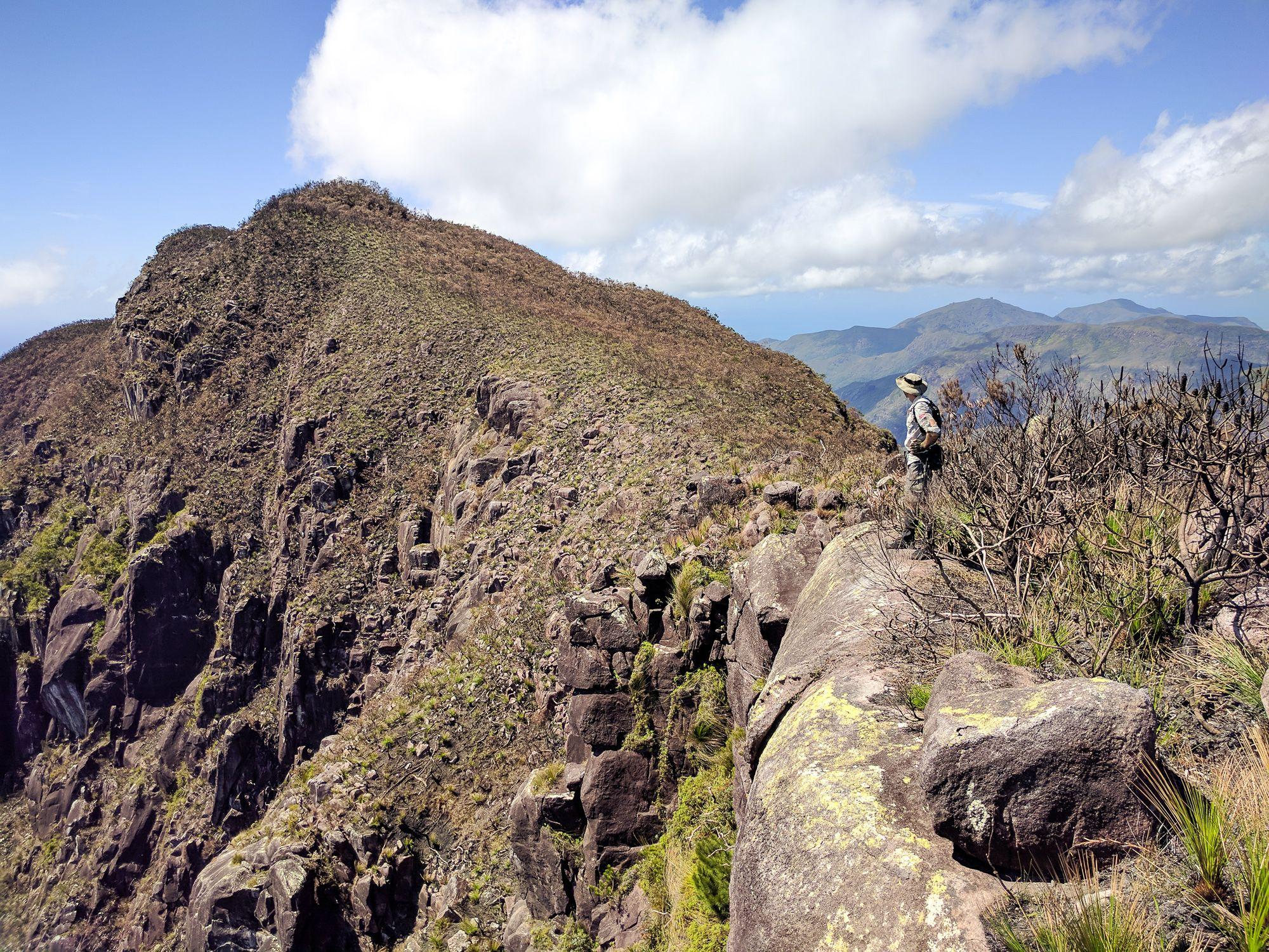 Mt Bowen cliff Graeme Taylor
