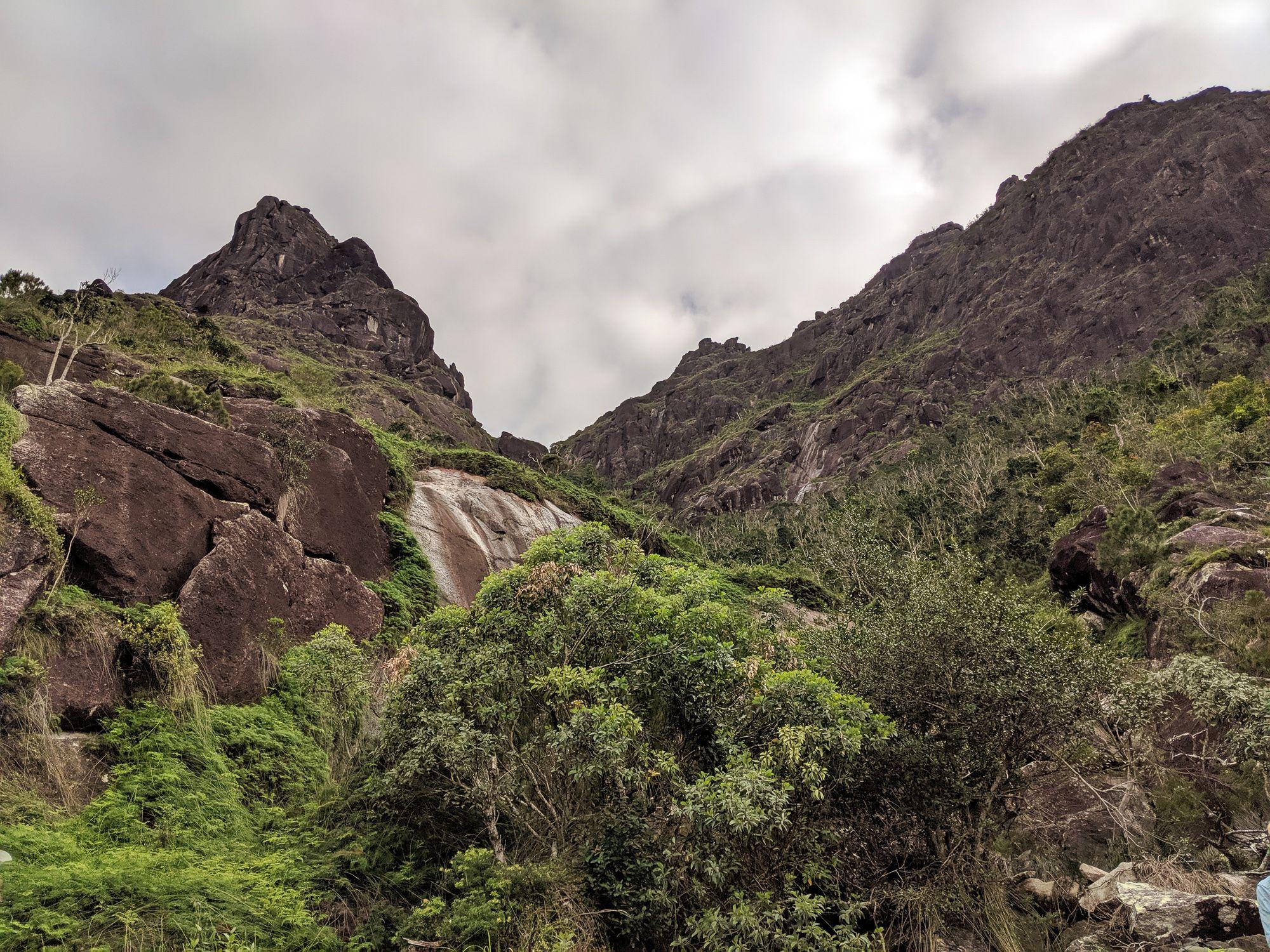 thumb creek cliffs