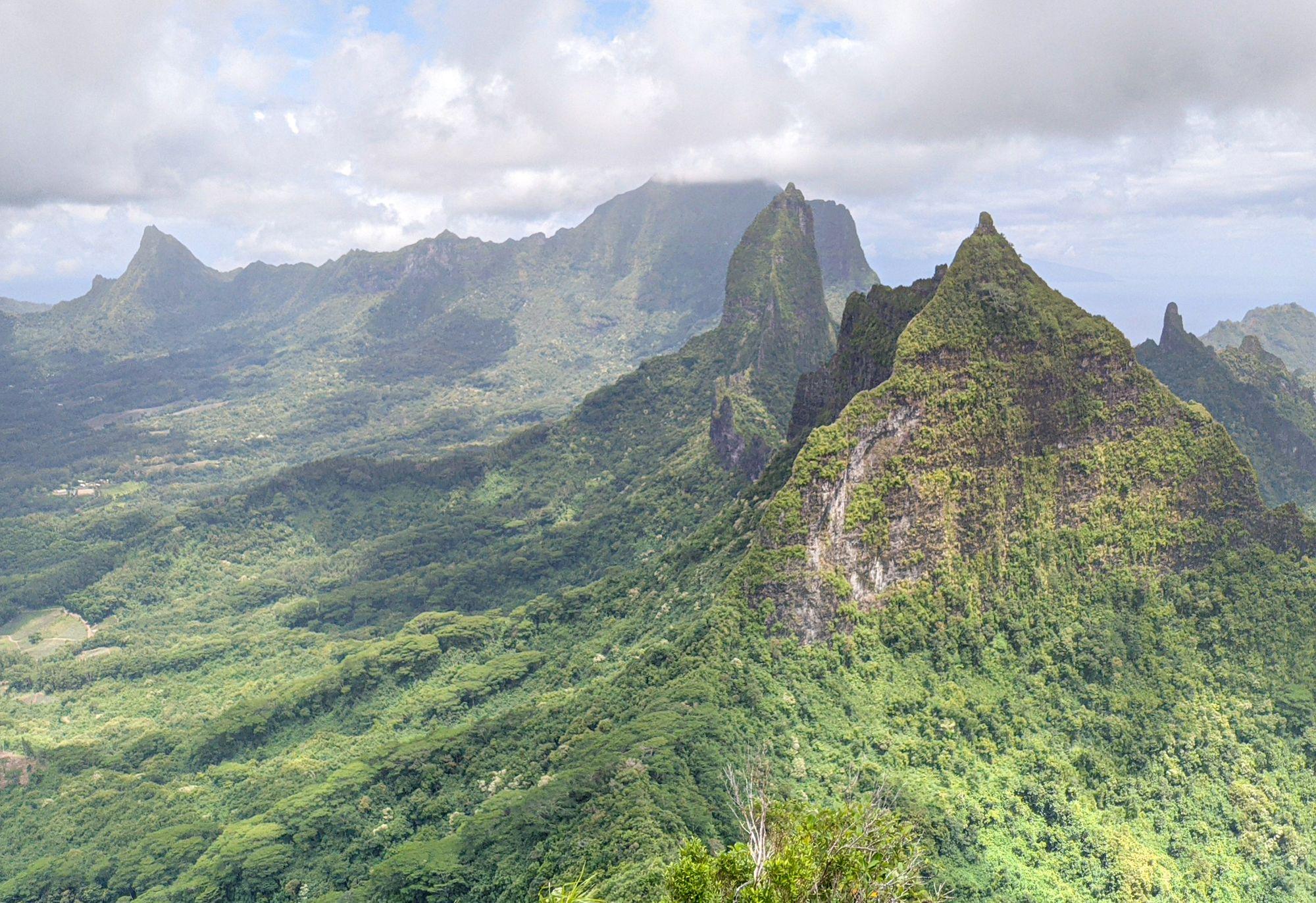 Linareva Pass Uufau Mouapu