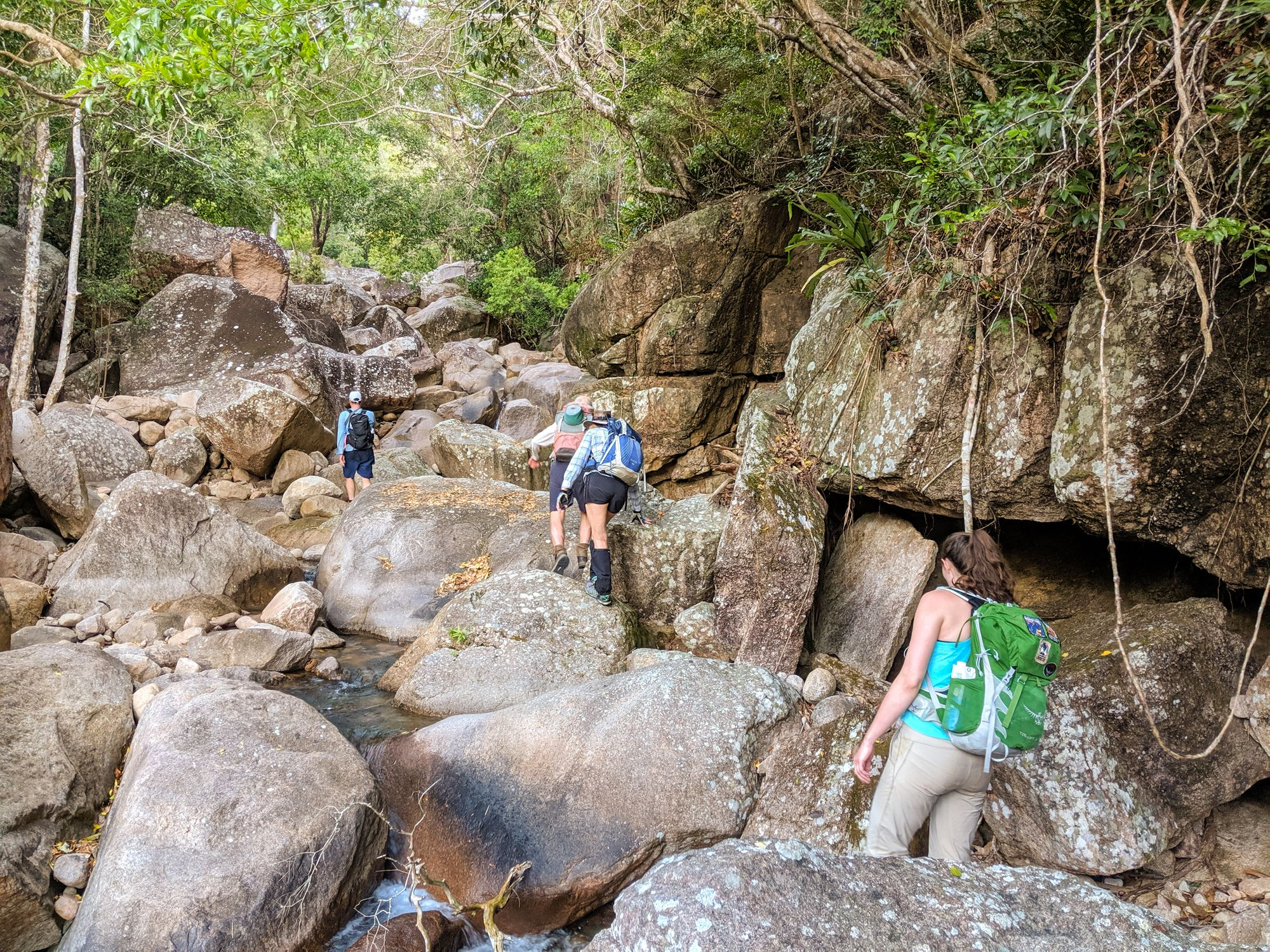 cockatoo creek rock boulders