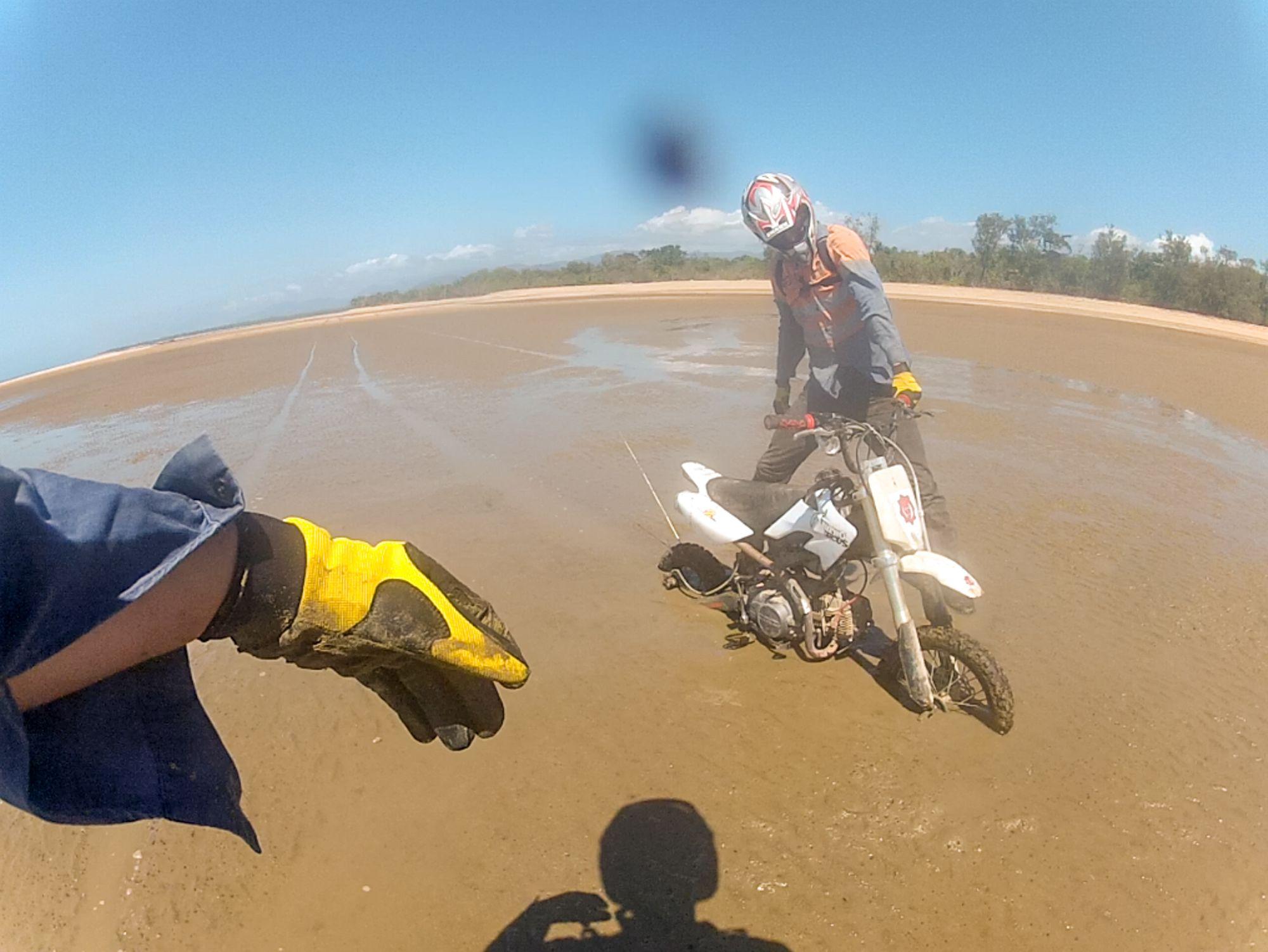pit bike bogged ollera beach
