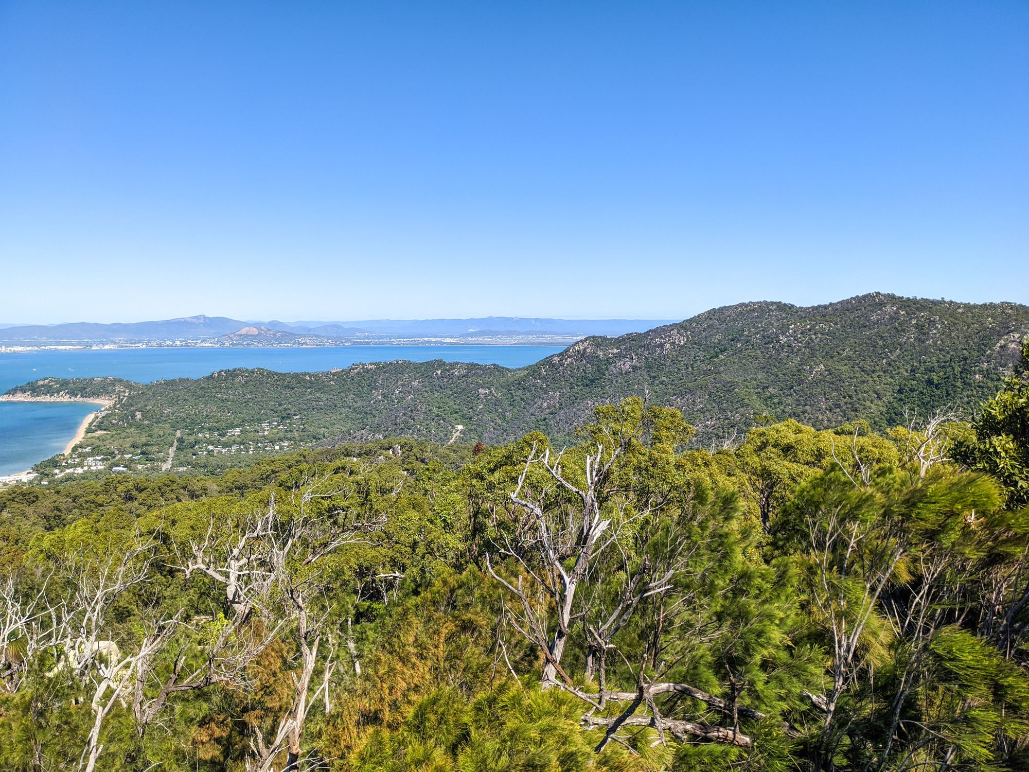 mt paluma magnetic island lookout