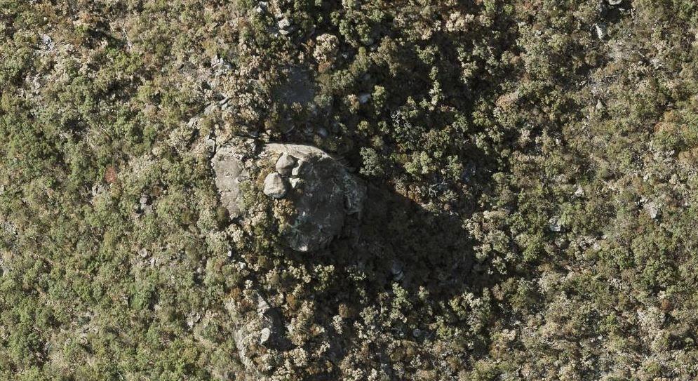ridgeline outcrop magnetic island