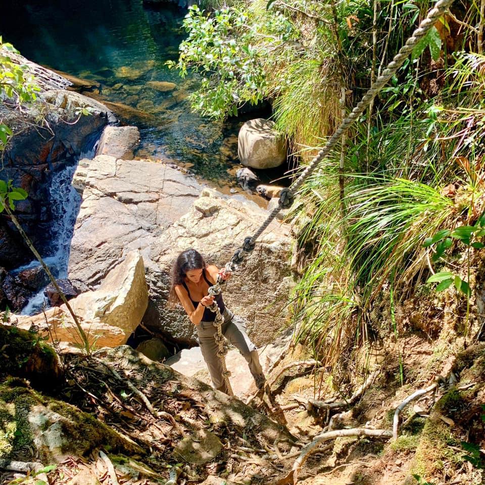 gold creek hike fixed rope