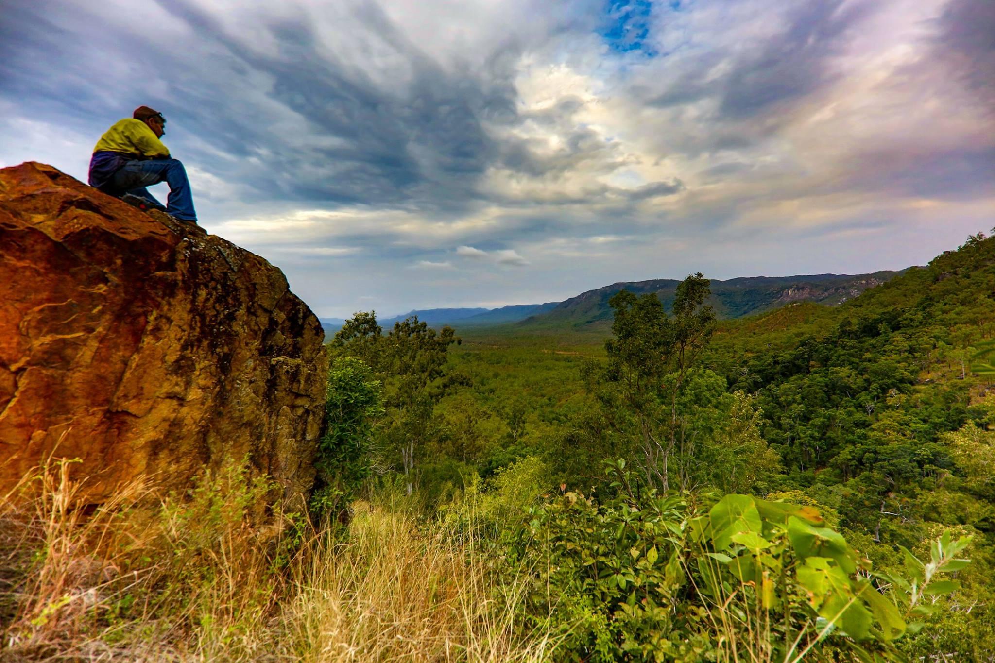 hervey range rock lookout