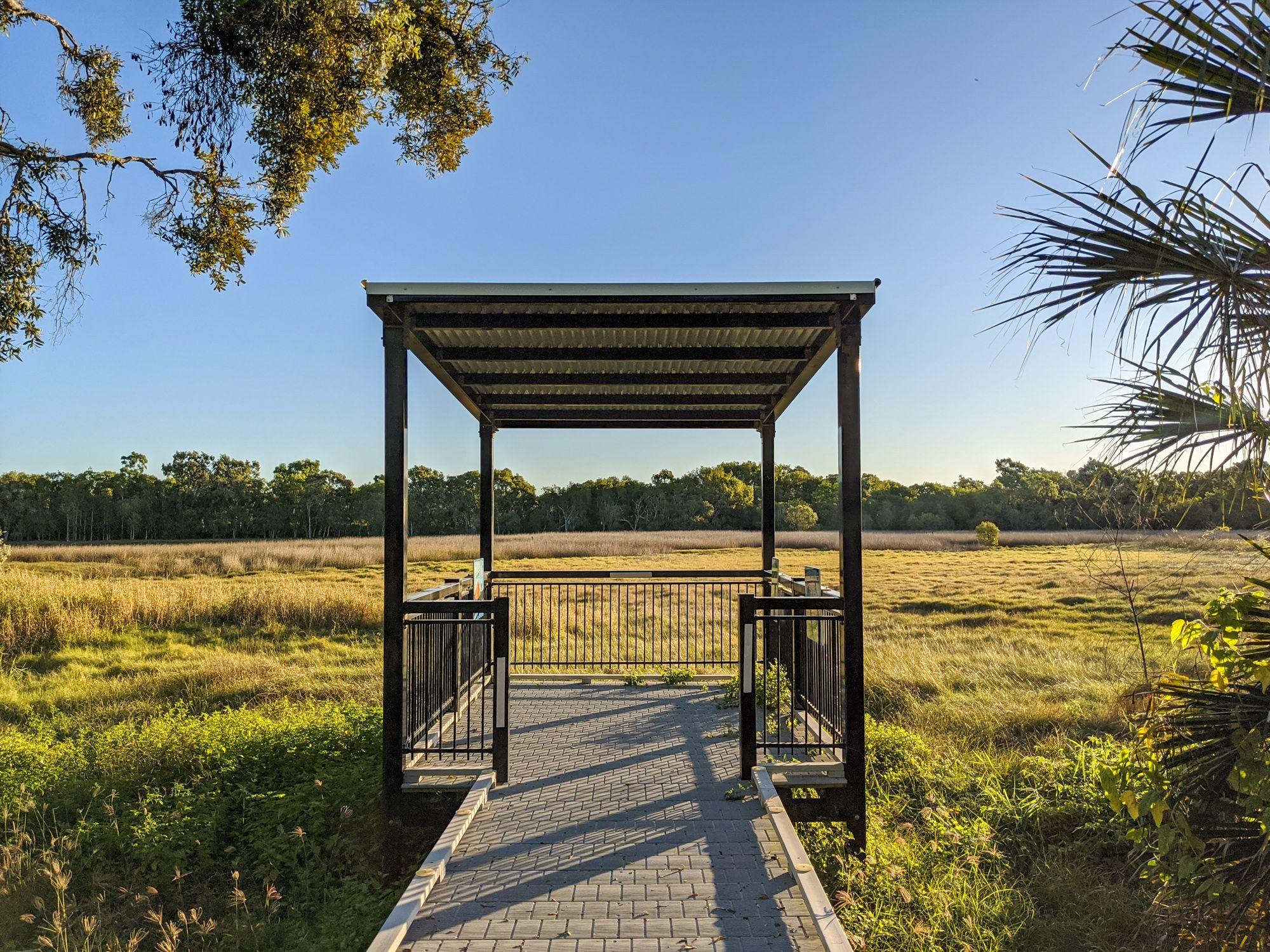 rowes bay wetlands boardwalk viewing shelter