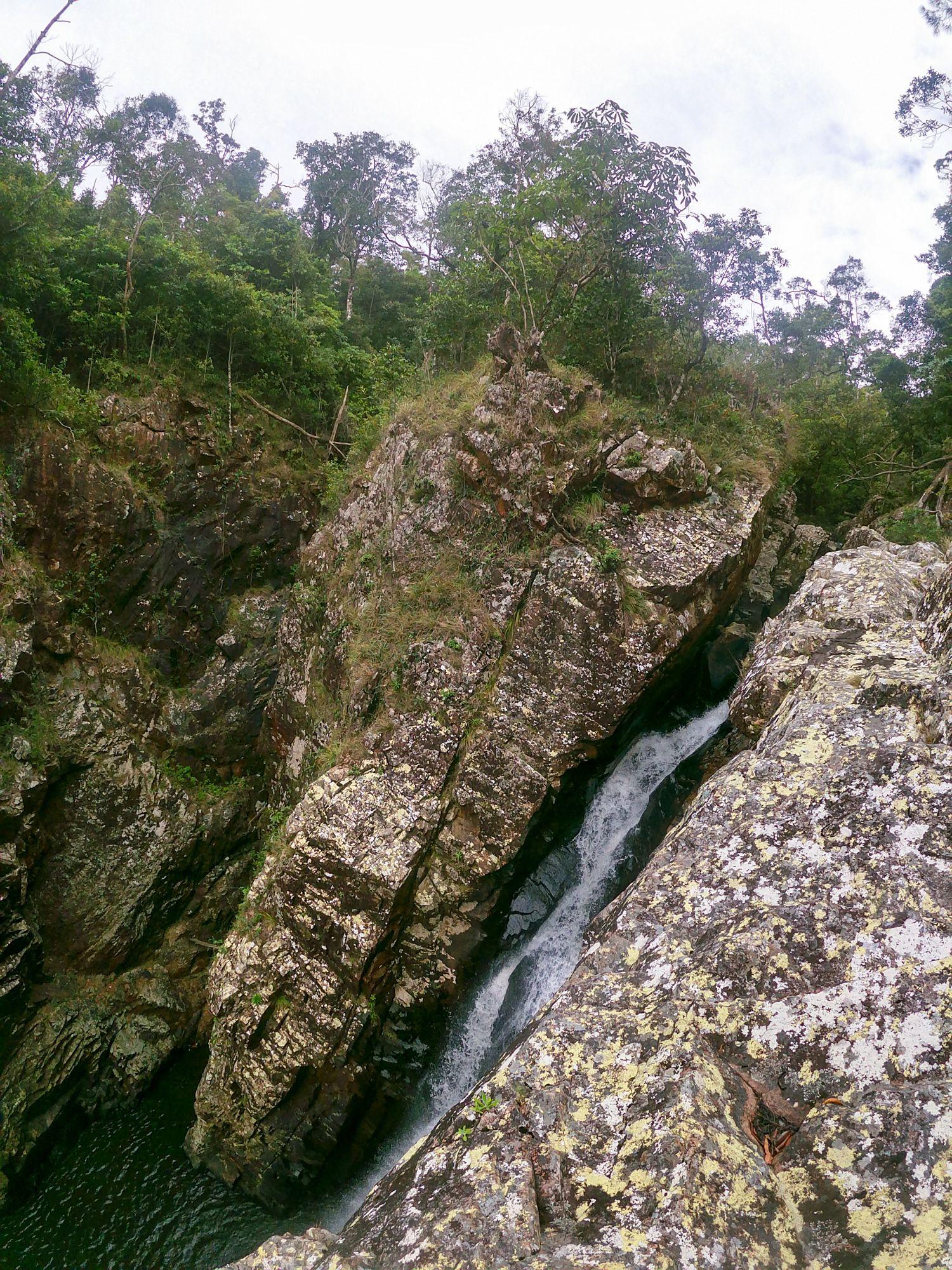flagstone creek gorge falls