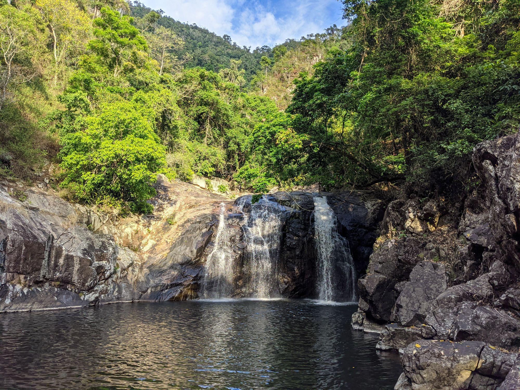 lower falls in flagstone creek