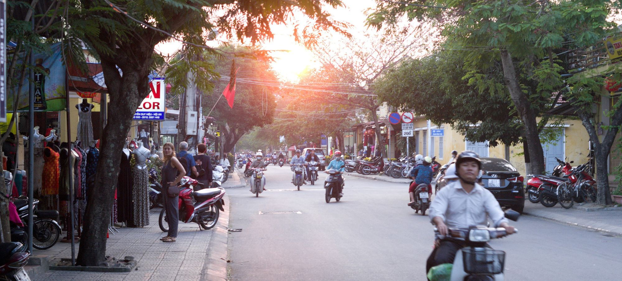 17 things you need to know when you're a tourist in Vietnam