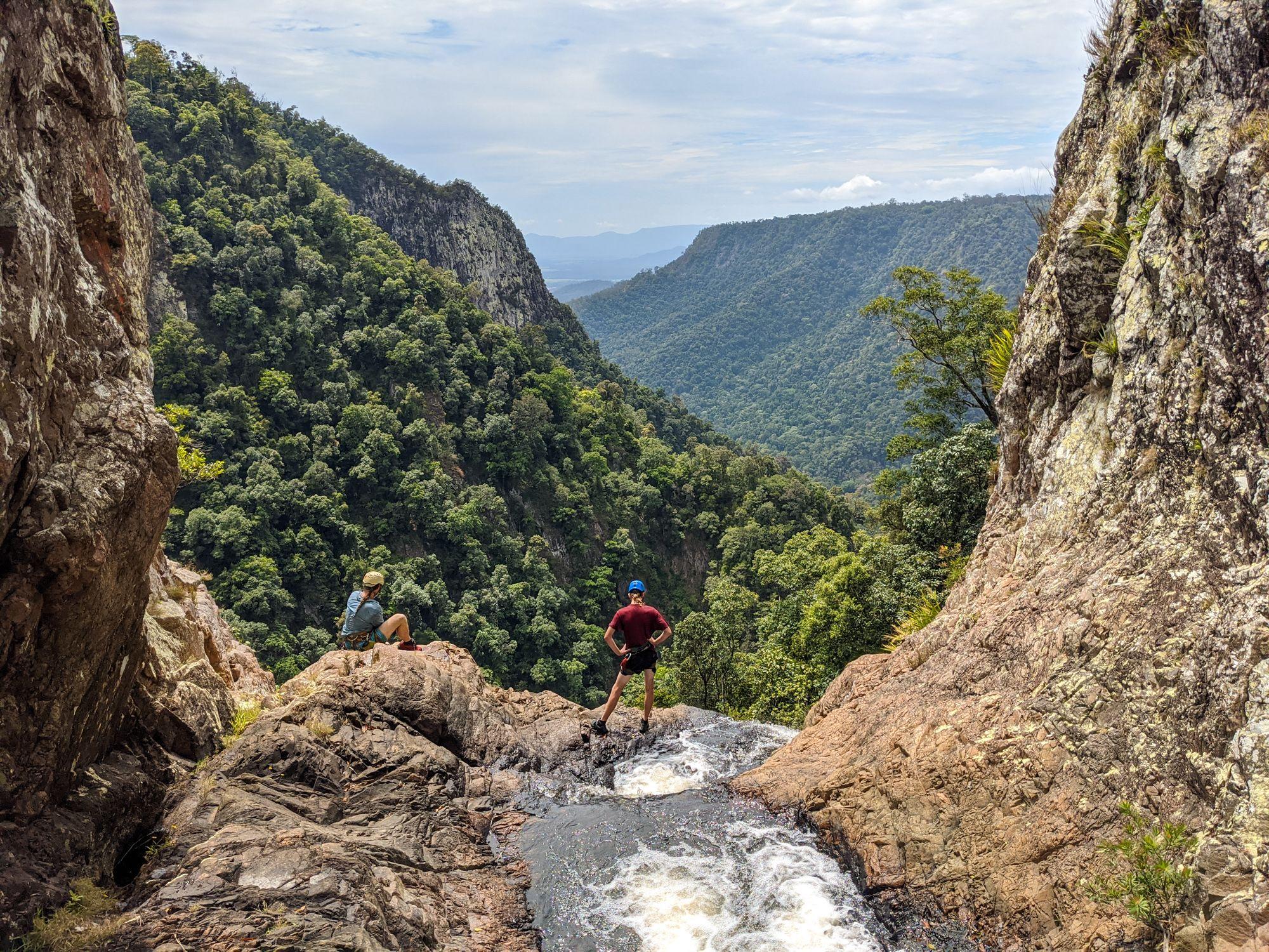 Flagstone Canyon, Flagstone Creek